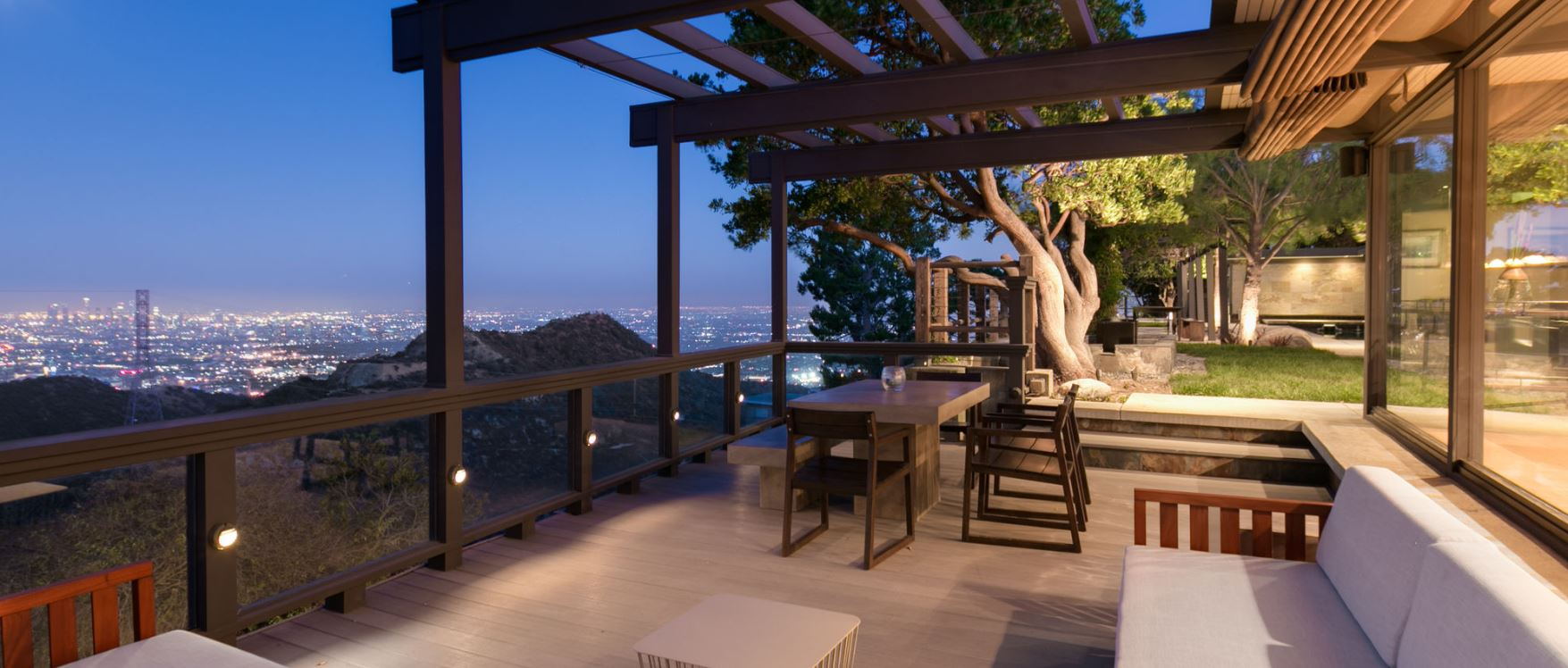 5 BR Hollywood Villa with Views