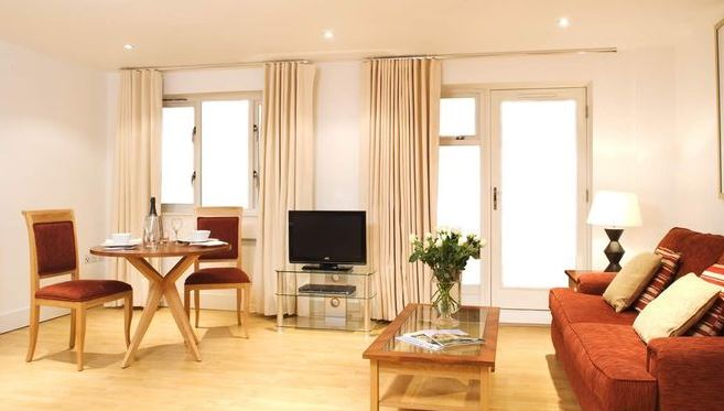 Central London 2 Bedroom with Views